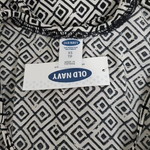 Old Navy Tops - Old Navy Black & White Cross Back Tank Cami NWT